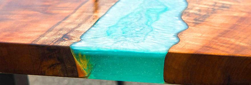 table résine époxy bois